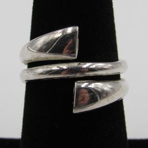 Vintage Size 6.5 Sterling Odd Style Wrap Ring
